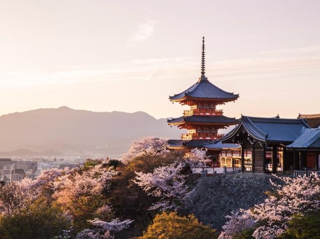 VIAJES LOW COST A CHINA, JAPON Y DUBAI LOW COST. Viajes Grupales a China - Beijing / Hangzhou / Shanghai / Suzhou / Xian / Dubái / Kyoto / Monte Fuji / Osaka / Tokyo / Yokohama /  - Buteler en China